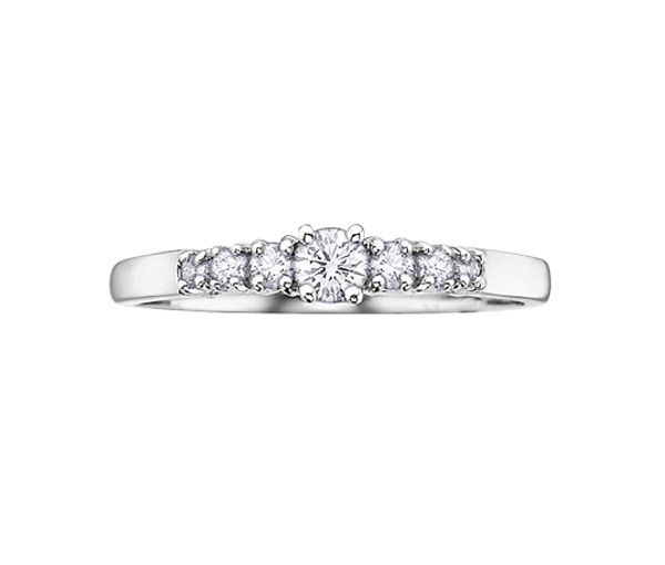 Bague dame or 14k blanc sertie 7 diamants