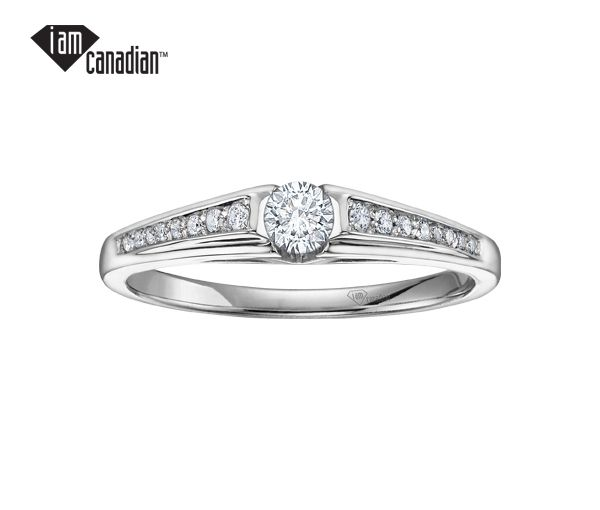 Bague dame or 14k blanc sertie de 17 diamants