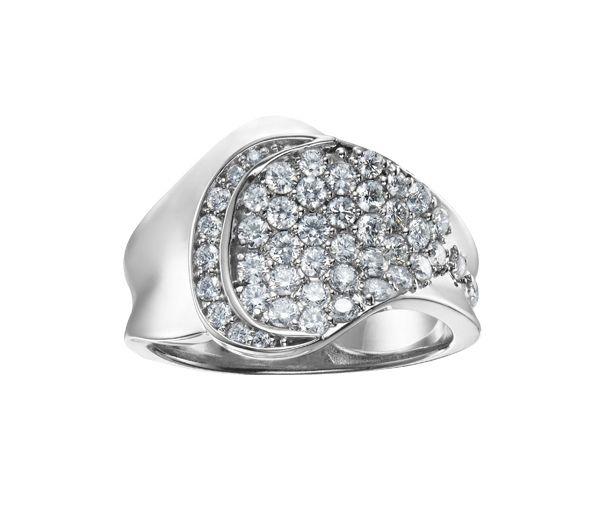 Bague dame or 14k blanc sertie de 45 diamants