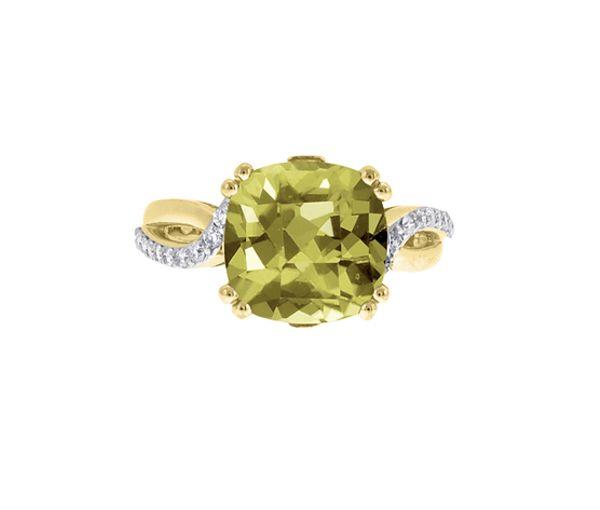 Magnifique bague pour dame en or 10k sertie d'un quartz olive et de diamants