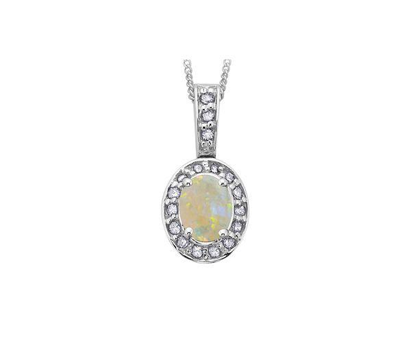 Pendentif 10k blanc opale 18=8,5points diamant i1 18''