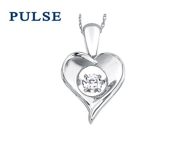 Pendentif coeur en argent serti d'un topaze blanc