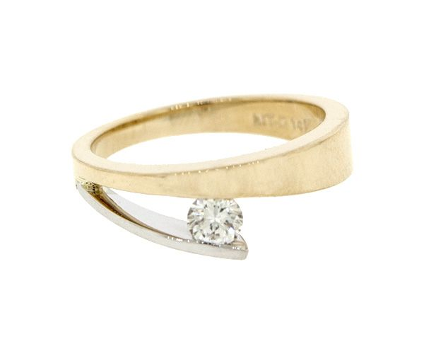 Bague dame en or 14k 2 tons sertie d'un diamant